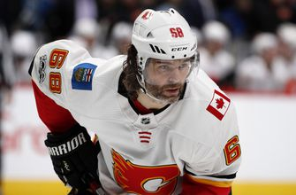 Jaromir Jagr signs contract with his Czech hometown club