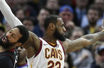 Late defense lifts Cavs over Heat, 91-89