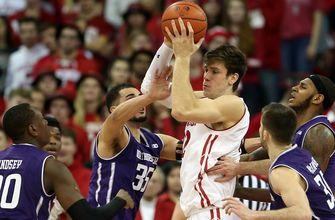 Badgers fall behind early, never recover in loss to Northwestern