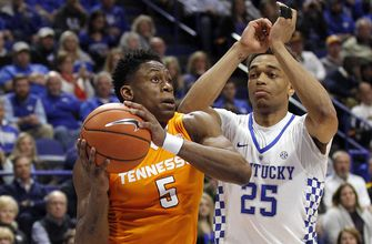 No. 15 Tennessee tops No. 24 Kentucky 61-59 for 6th straight win