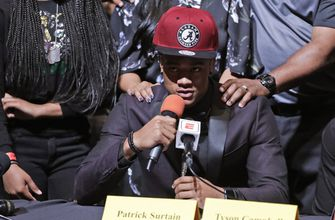 Coaches wonder if most prospects will keep signing early